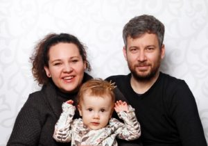 pacientka se SMA1 s rodiči