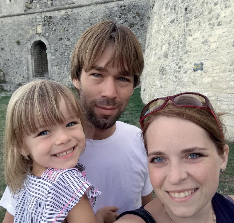 Markéta, trpící cystickou fibrózou, s manželem a dcerou